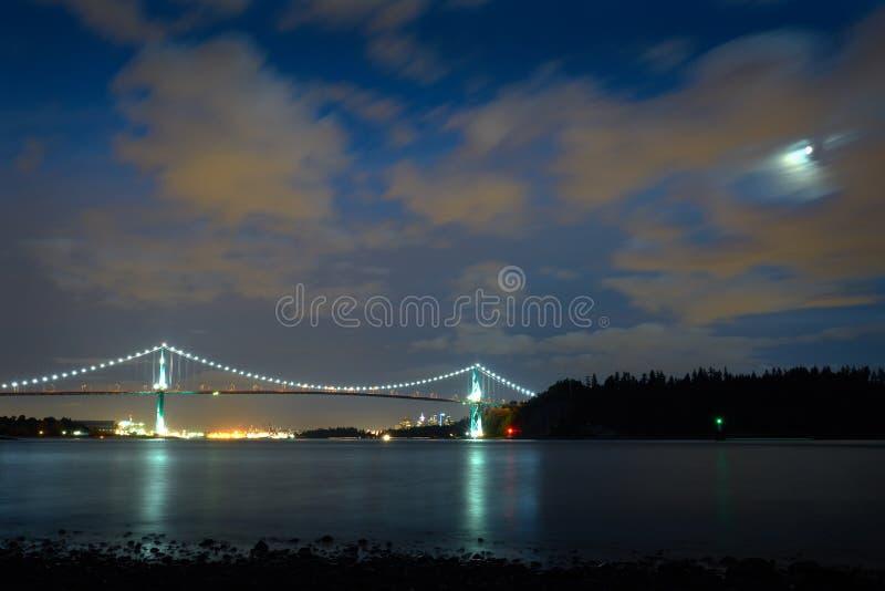 Notte di Vancouver del ponte del portone dei leoni immagine stock libera da diritti