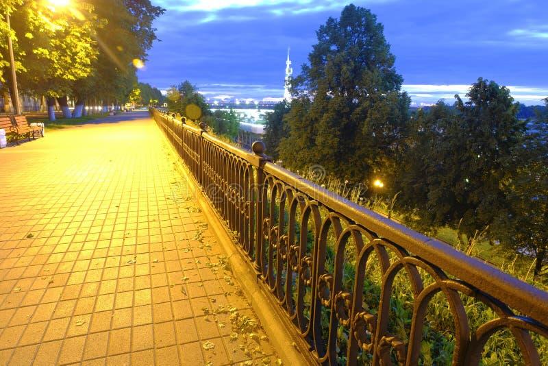 Notte di Yaroslavl fotografie stock libere da diritti