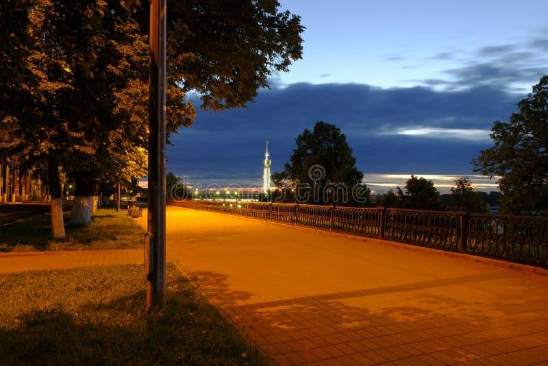 Notte di Yaroslavl immagine stock
