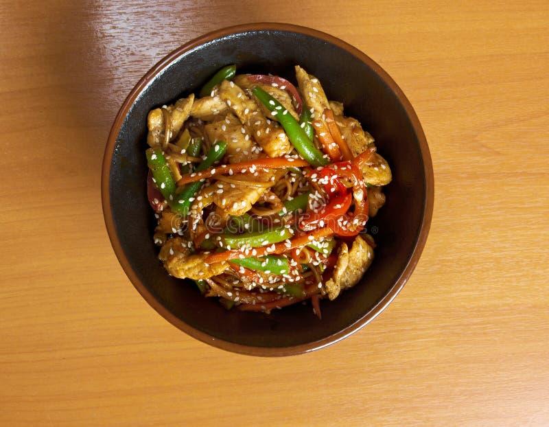 Nouilles d'udon de poulet photo libre de droits