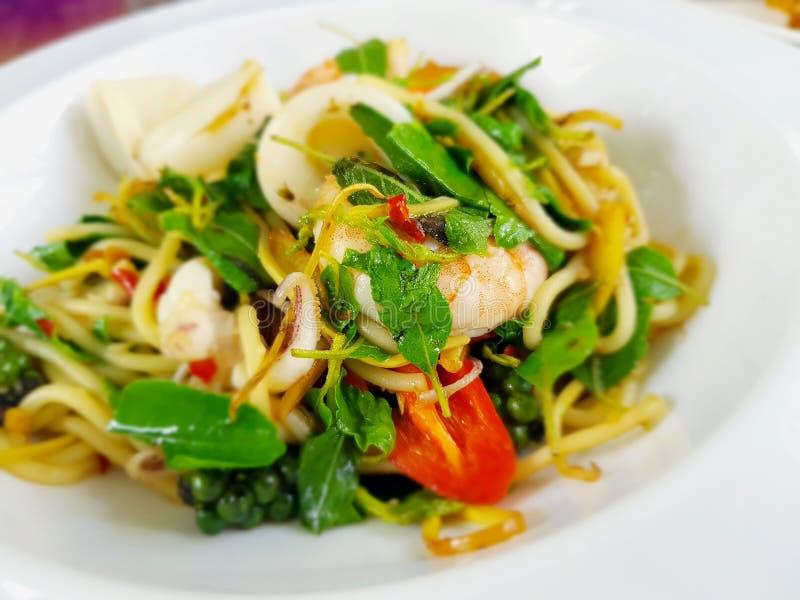 nouilles ivres, fruits de mer de spaghetti photos libres de droits