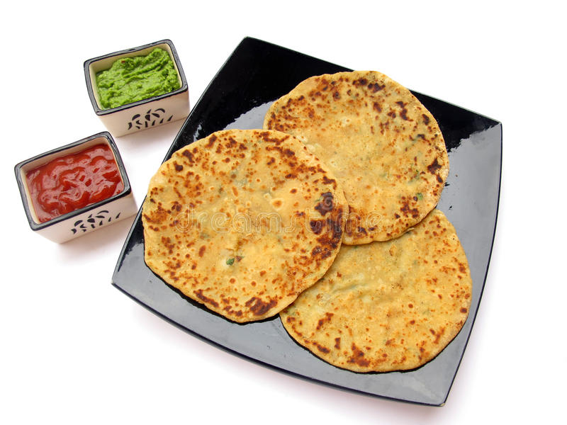 Nourriture-Aloo indienne Paratha photo stock