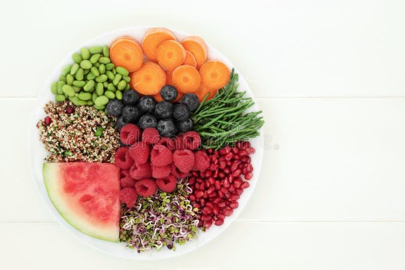 Nourriture biologique fraîche photographie stock