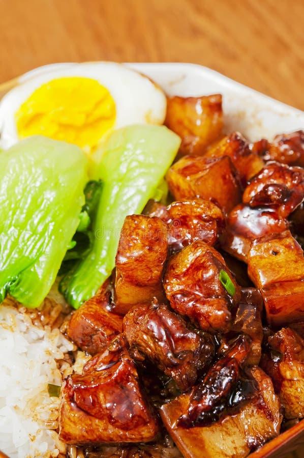 Nourriture chinoise--Braisez en viande de sauce de soja images stock