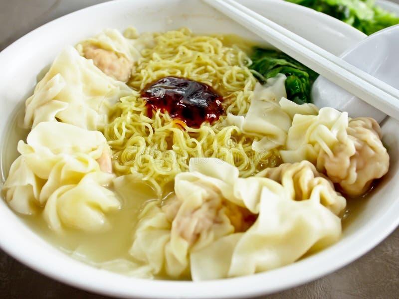 Nourriture chinoise, nouille 1 de wonton photographie stock libre de droits