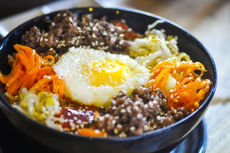 Nourriture coréenne, riz mélangé, Bibimbab photos libres de droits