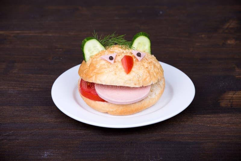 Nourriture d'amusement pour des enfants images stock