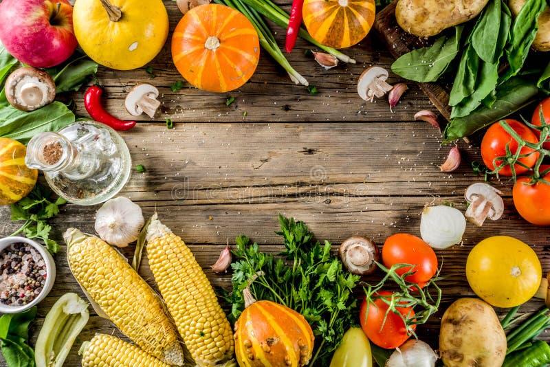 Nourriture d'automne faisant cuire le fond images libres de droits