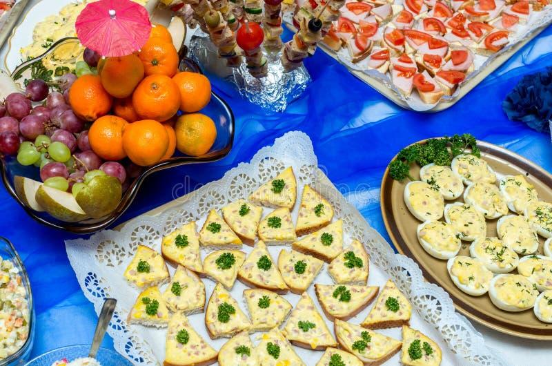 Nourriture de restauration à une réception photographie stock libre de droits