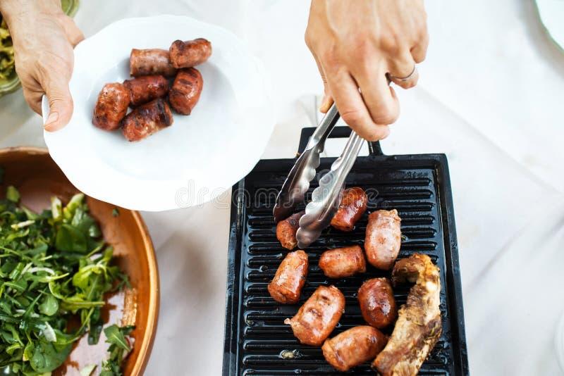 Nourriture de rue à un mariage ou à un dîner approvisionné différent d'événement photo stock