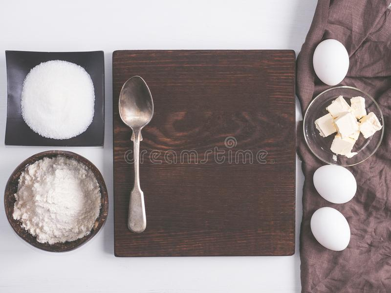Nourriture faite maison Ingrédients pour la pâte photos stock