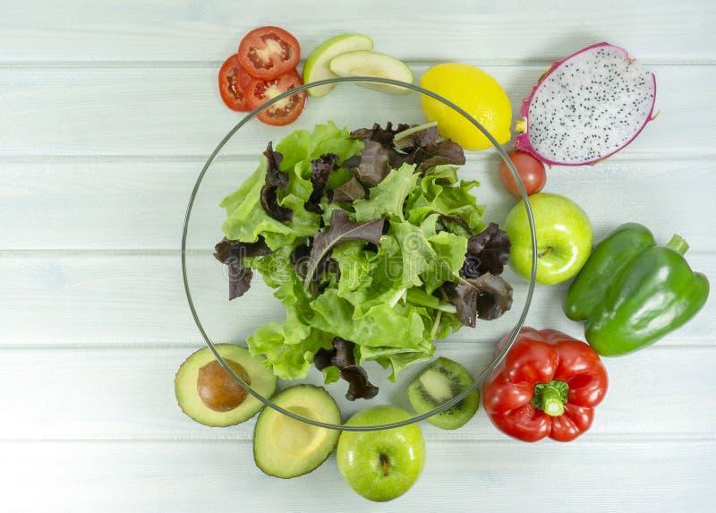 nourriture faite maison saine de vegan, régime végétarien, casse-croûte de vitamine, nourriture et concept de santé photographie stock libre de droits