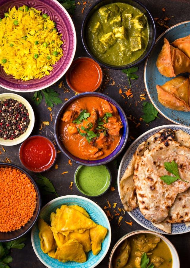Nourriture indienne assortie images stock