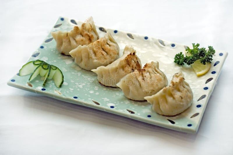 Nourriture japonaise, plaque des ravioli images libres de droits