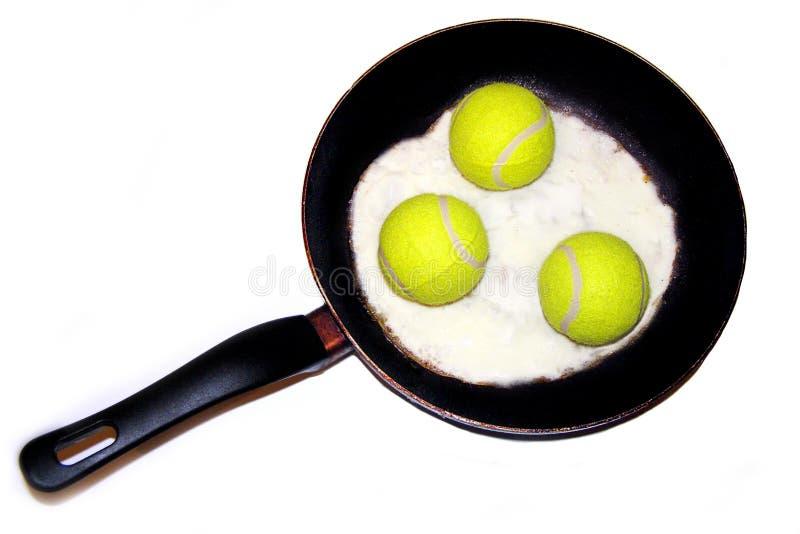 Nourriture, omelette, balles de tennis, plaisanterie, amusement, photo stock