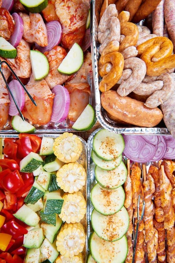 Nourriture préparée pour griller images stock