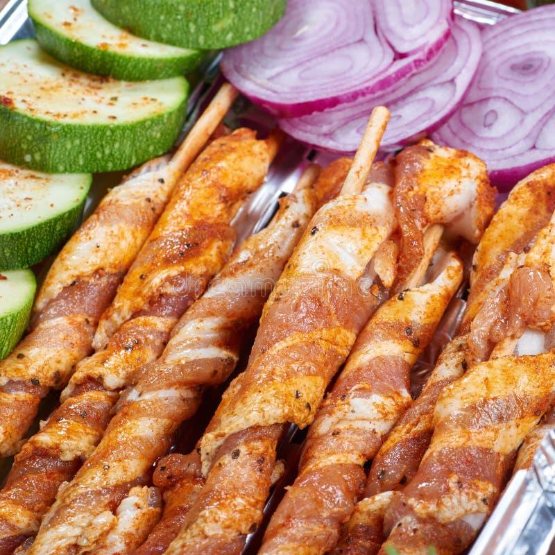 Nourriture préparée pour griller photo stock