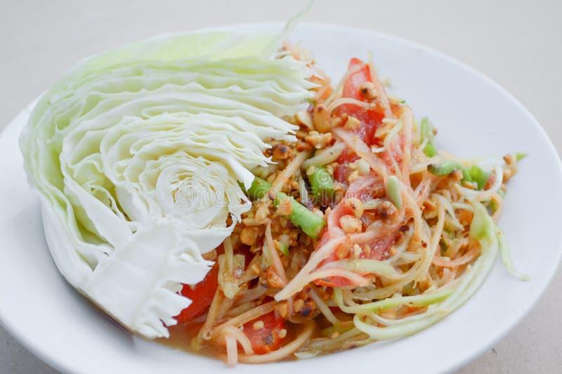 Nourriture saine de la Tha?lande de salade ?pic?e de papaye photo stock