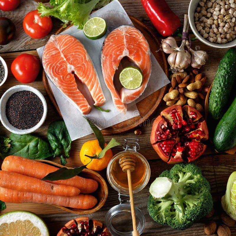 Nourriture saine de vue supérieure faisant cuire la nourriture saine de nourriture d'alimentation saine photographie stock libre de droits