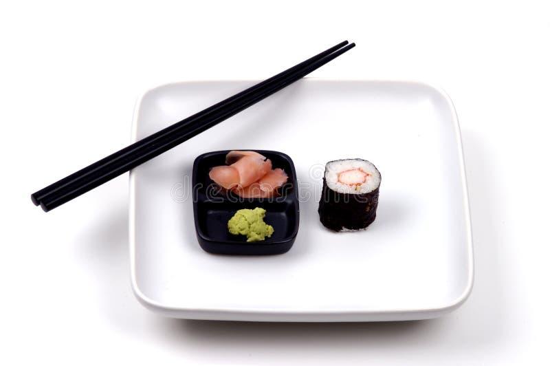 Nourriture - sushi et baguettes photo stock