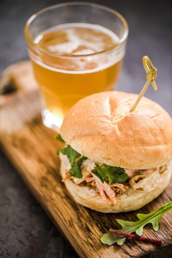 nourriture traditionnelle de bar, bap de porc image stock