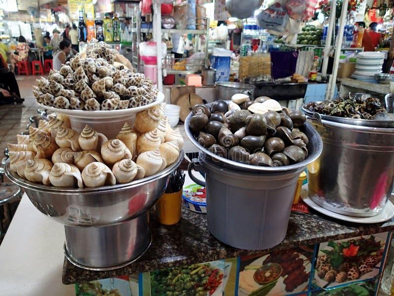 Nourriture vietnamienne - escargots de sélection - le Vietnam image libre de droits