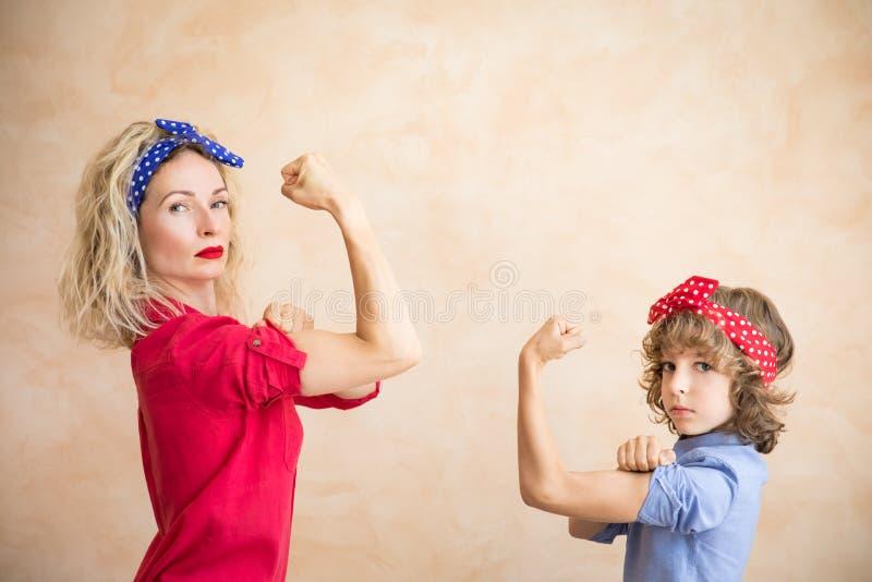 Nous pouvons le faire ! Concept du jour de la femme photographie stock libre de droits