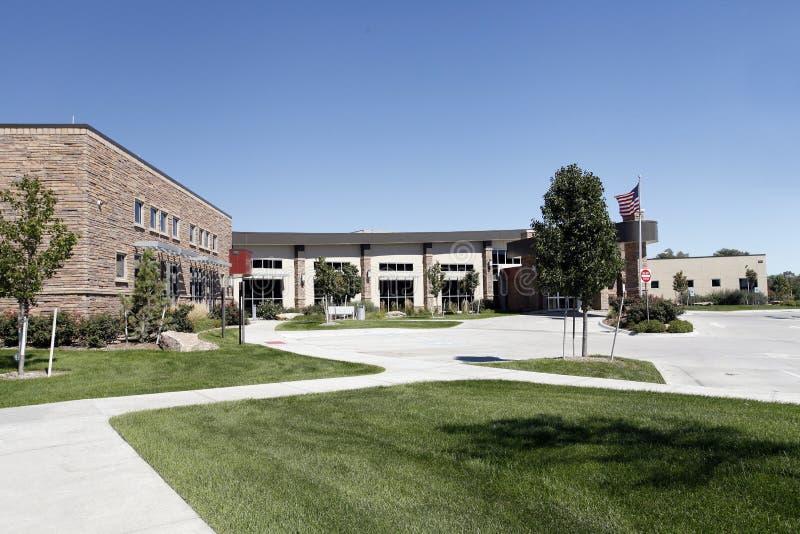 Nouveau bâtiment d'hôpital photographie stock