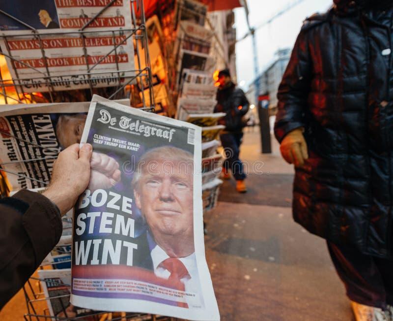 Nouveau Etats-Unis président de De Telegraaf Donald Trump photos libres de droits