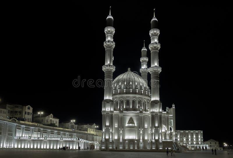 Nouveau Heydar Mosque à Bakou images libres de droits
