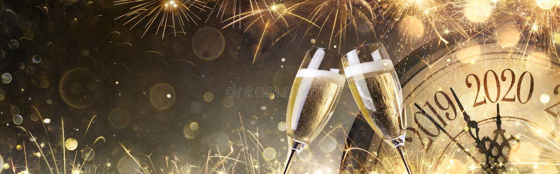 Nouvel An 2020 Minuit avec Champagne photographie stock libre de droits