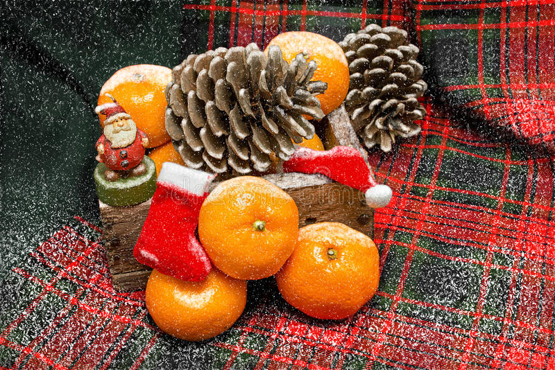 Nouvelle année avec des mandarines image stock