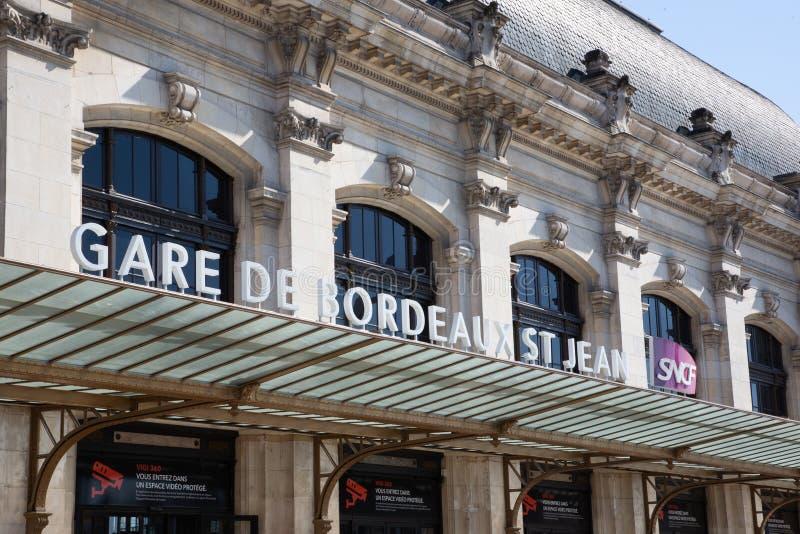 Nouvelle Aquitania/Francia - 03 28 2019 de Burdeos: SNCF principal de Gare del ferrocarril de Gare de Bordeaux de la ciudad de Bu imágenes de archivo libres de regalías