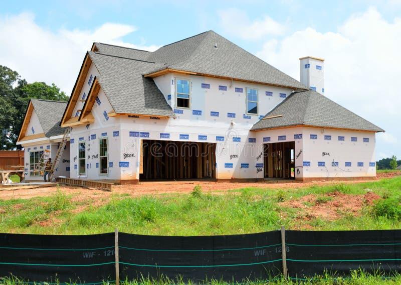 Nouvelle construction à la maison image stock