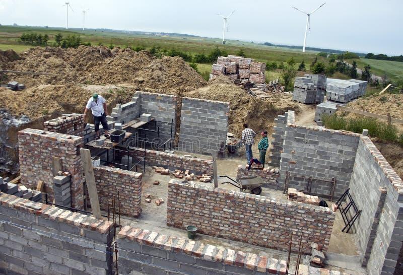 Nouvelle maison étant construite images libres de droits