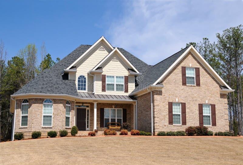 Download Nouvelle maison photo stock. Image du résidence, horizontal - 8668540