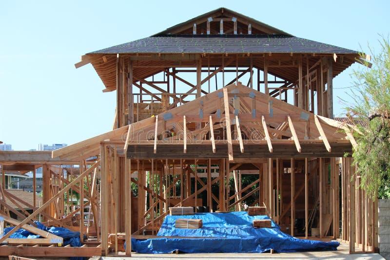 Nouvelle maison de construction photos stock