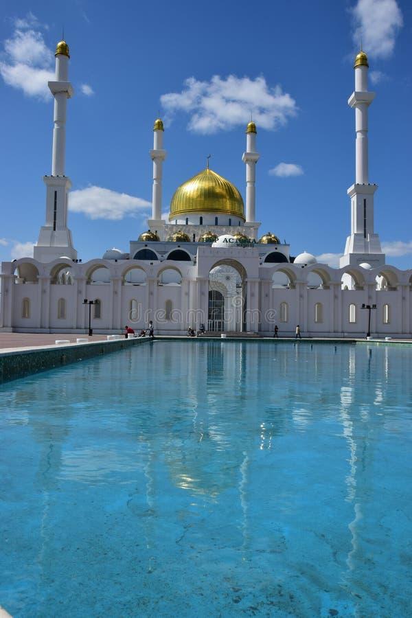 Nouvelle mosquée à Astana/Kazakhstan photos libres de droits