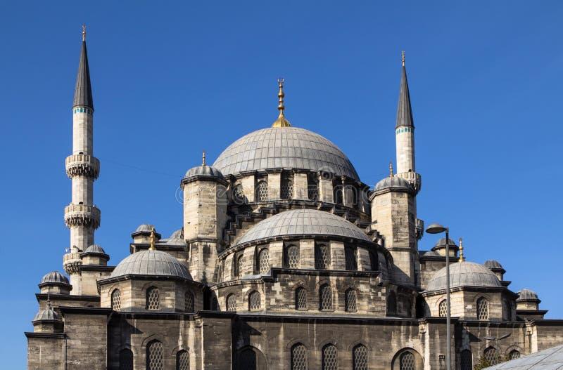 Nouvelle mosquée au centre de la dinde d'Istanbul photographie stock libre de droits