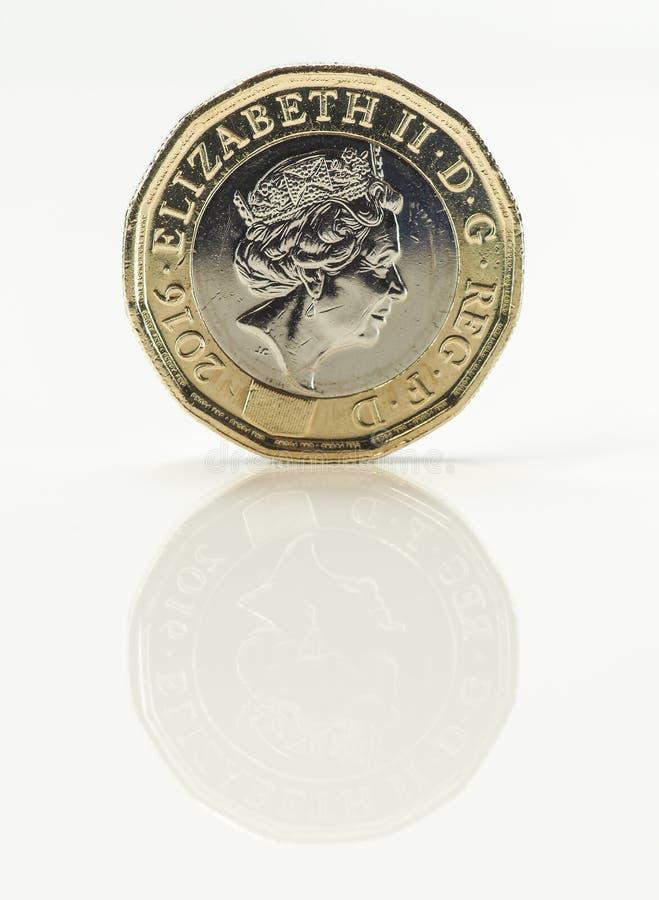 Nouvelle pièce de monnaie de livre - la Reine Elizabeth II images libres de droits