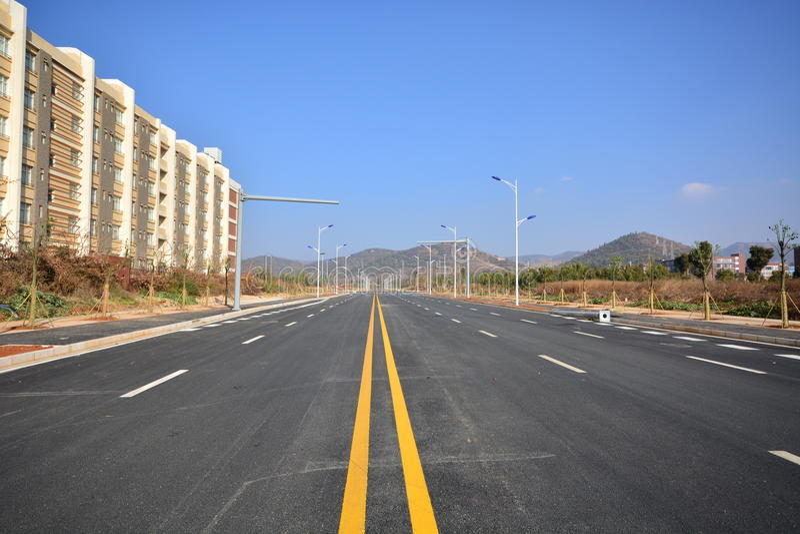 Nouvelle utilisation de route et d'infrastructure photos libres de droits