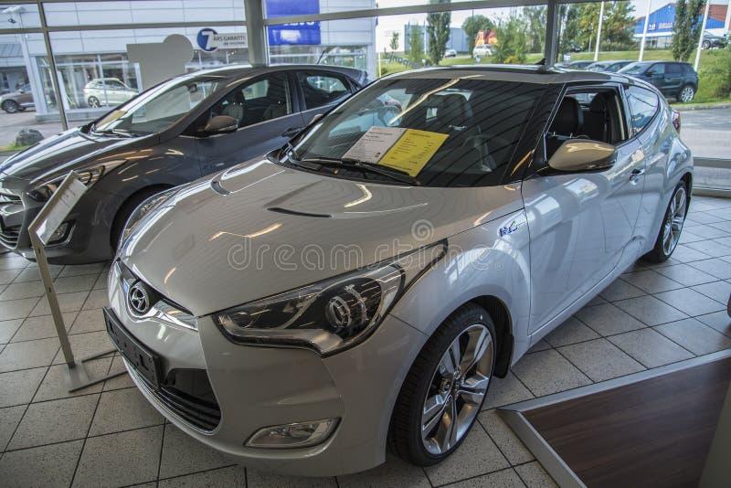 Nouvelle voiture, veloster de Hyundai images libres de droits