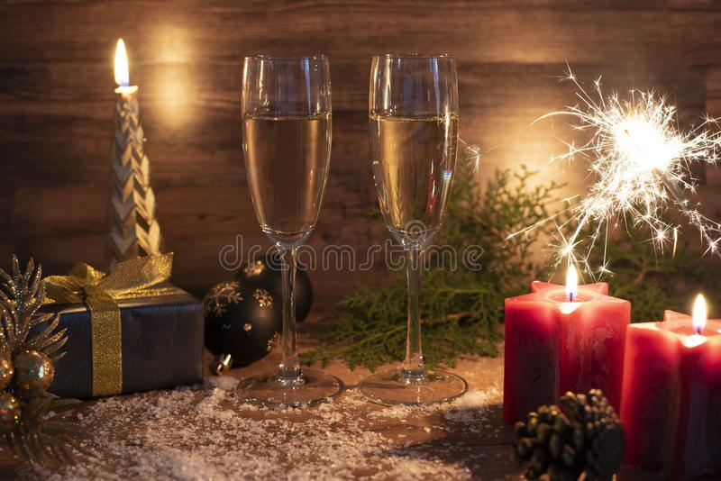 Nouvelles années de la veille de fond de célébration avec le champagne images stock
