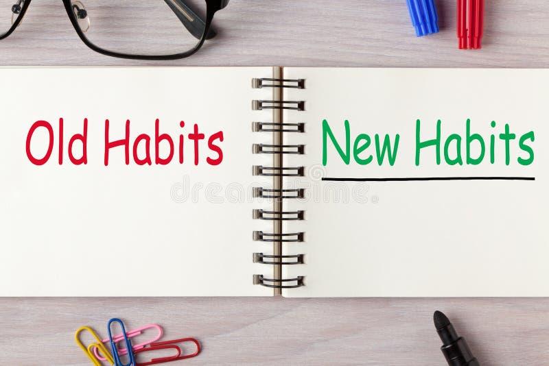 Nouvelles habitudes contre de vieilles habitudes images stock