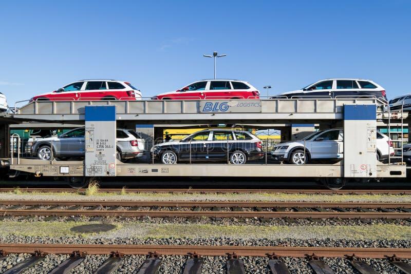 Nouvelles voitures de Skoda pour l'exportation photos libres de droits