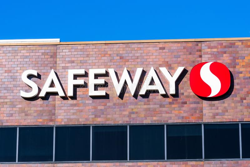 Nov 15, 2019 Pleasanton / CA / USA - Close up of Safeway sign at their Northern California Division corporate headquarters in East. San Francisco bay area royalty free stock image