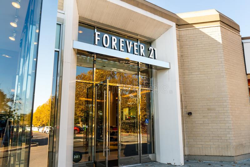 Nov 15, 2019 Pleasanton / CA / USA - Forever 21 store located in East San Francisco Bay Area; At the end of September, Forever 21. Filed for bankruptcy and will stock photo