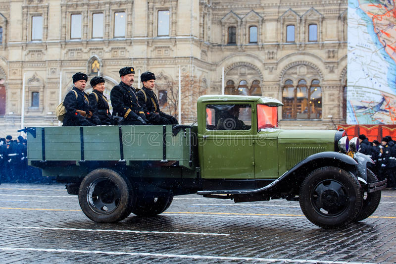 NOVEMBER 05, 2016: Full-dress rehearsal of the parade, dedicated to November 7, 1941 on Red Square in Moscow. MOSCOW, RUSSIA - NOVEMBER 05, 2016: Full-dress stock images