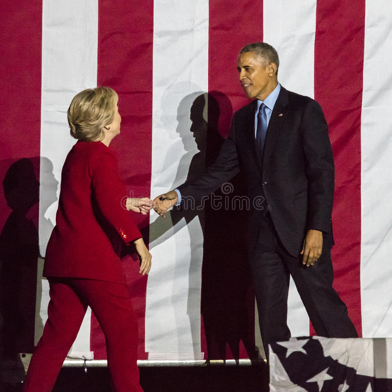 NOVEMBER 7, 2016, INDEPENDENCE HALL, PHIL., PA - President Obama and Democratic Presidential Candidate Hillary Clinton Hold Electi stock photos