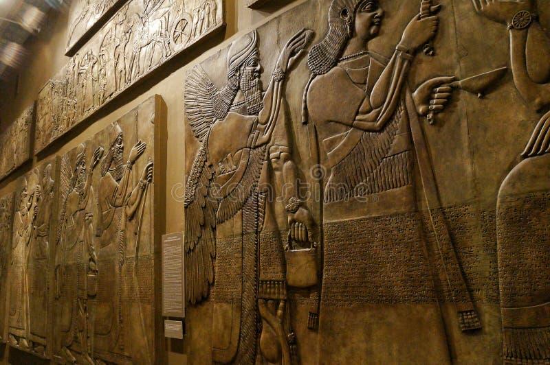 November 2018 Moskau, Russland, interfluve Halle, Assyria im Museum, Wandflachrelief lizenzfreies stockbild